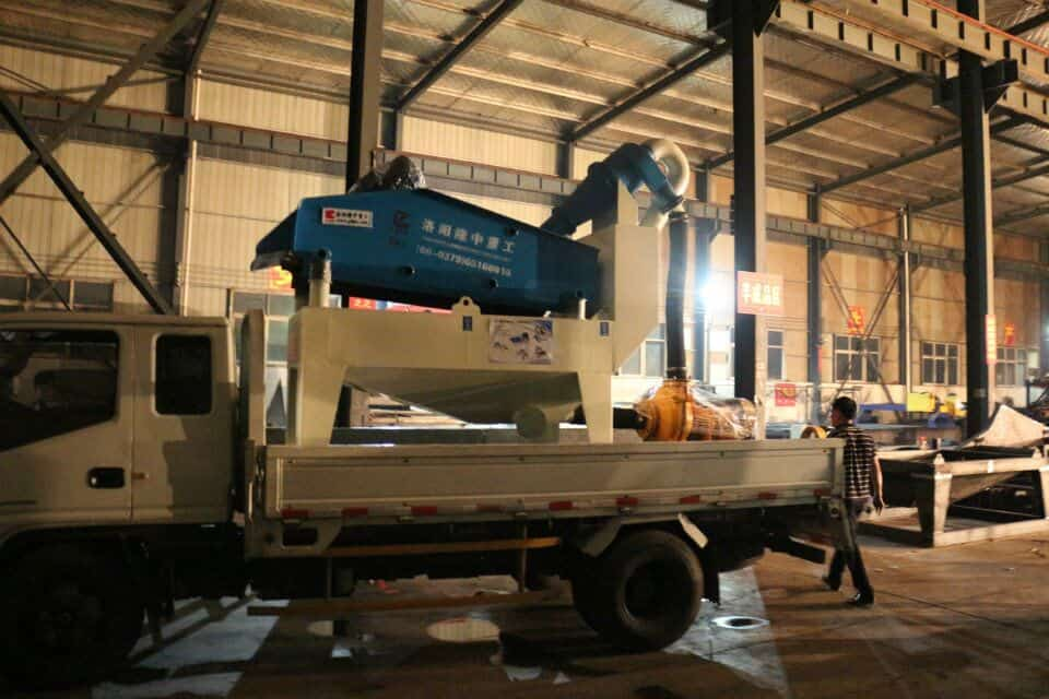 Longzhong fine sand recycling machine attract customers